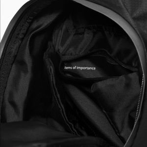 lululemon athletica Bags - Lululemon Black Fast and Free Backpack 13L